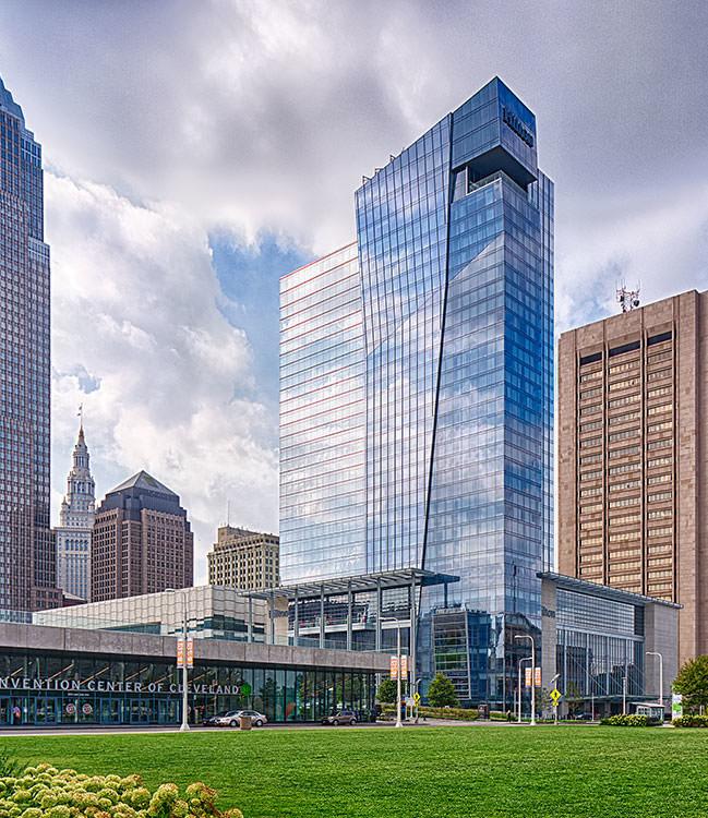 Hilton Cleveland Downtown Exterior